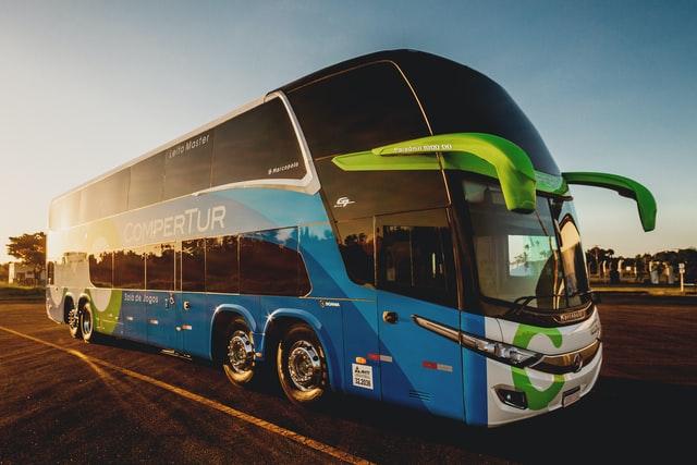 Busy do Niemiec spod domu